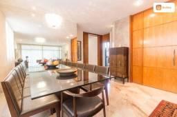 Apartamento com 217m² e 3 quartos