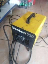 máquina de solda ESAB 250 amperes