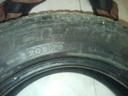 Vendo 3 pneus aro15 meia vida 50$ cada