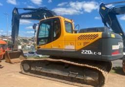 Hyundai Escavadeira R220LC - 2020