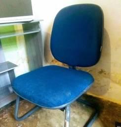 Kit escrivaninha e cadeira para escritório