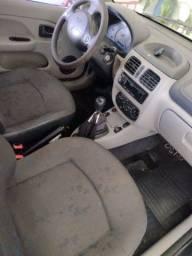 Clio 2005 1.0 16v