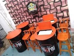 Comj bar tambor personalizado com tampa em madeira e banquetas