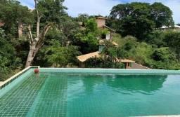 Casa totalmente independente, área de1400 m², piscina 10x5x2, na Ferradura