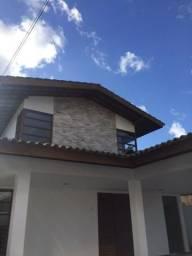 Casa padrão luxo em ponta de campina!