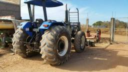Trator New Holland 7630