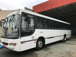 Ônibus 2003 de 54 lugares - 2003