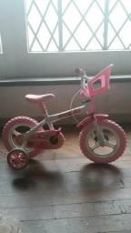 Biclicletas de menina com cadeirinha para boneca