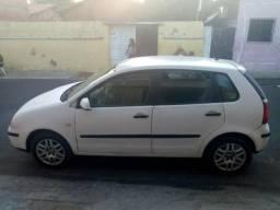 Volkswagen Polo Hatch. 1.6 / 8V / 2002 - 2003 - 2002