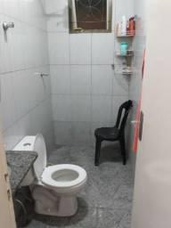 Aluguel quarto/divisão casa para moça