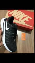 Tênis Nike Vomero ( 4 Cores Disponíveis ) - 38 ao 43