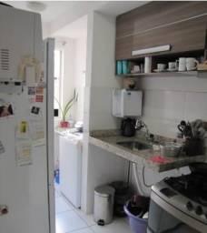 Ótimo Apartamento 03 quartos sendo 01 suíte no bairro Castelo.