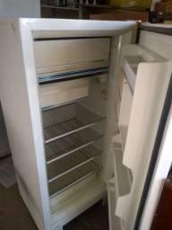 Compra de refrigeradores,freezer,fogão mesmo com defeito