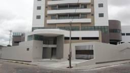 Apartamento novo no Edf. José Mororó.