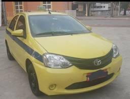 Etios táxi