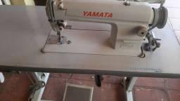 Concerto de máquina de costura e fogões