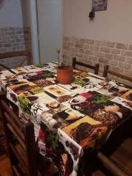 Toalha de mesa, pouquissimo uso