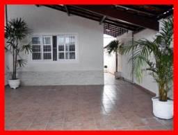 Casa a venda 2 dormitórios na Tupi - Praia Grande/SP