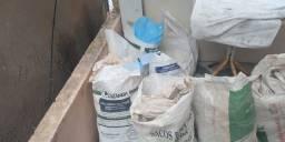 Vendo sacos linho para armazenamento de material ex areia, brita etc.