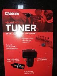 Afinador D'addario Headstock pra Guitarra/baixo/violão