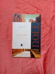 Livros super conservados/semi novos