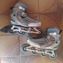 Vendo Um patins novo