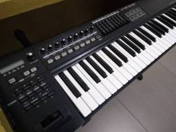 Teclado controlador Roland A800pro
