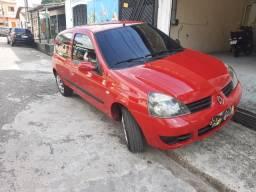 Vendo renoult Clio 2010/2011 $:12500,00 cel *