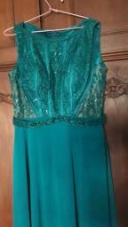 Título do anúncio: Vendo vestido de festa 200 reais cada
