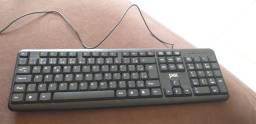 Teclado padrão, e mouse c3tech