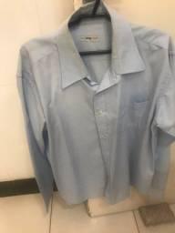 Duas camisas TNG