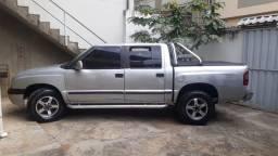 Título do anúncio: S10 diesel 4x2 de luxe 2001