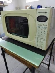 Microondas Panasonic 21 litros - 127V