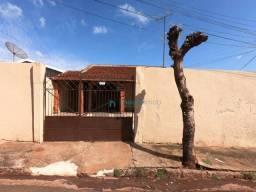 Casa com 2 dormitórios CDHU