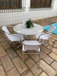 Título do anúncio: Mesa + 4 cadeiras - Cj