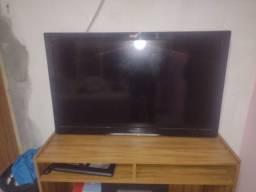 Título do anúncio: Vendo Tv 40 polegadas não é smart