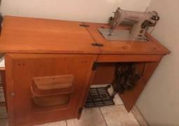 maquina de costura 15 c  no gabinete  -  Raridade