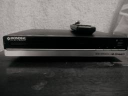 DVD com karaokê e usb Mondial