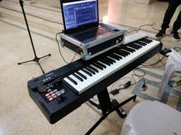 Teclado Roland RD64 Piano Digital Profissional