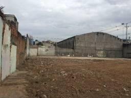 Aluga-se - Terreno 900 m² - Comendador Soares/Nova Iguaçu