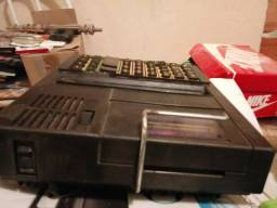 Calculadora muito antiga