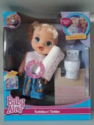 Boneca Baby Alive com assento