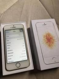 IPhone SE 64 GB Dourado