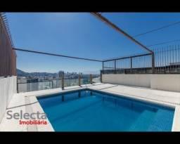 Cobertura sensacional de 800 m², espetacularmente mobiliada, em andar bem alto, com visual