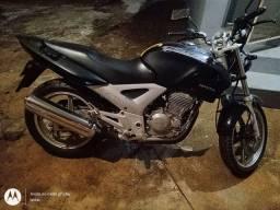 Moto Twister