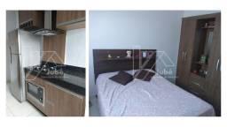 Casa de 02 quartos toda mobiliada com piscina no Setor Parque Flamboyant