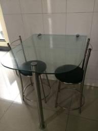 Mesa ideal para ambiente pequeno