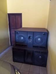 Vendo 4 Caixa de som em perfeito estado