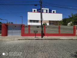Casa de 03 quartos no bairro do Alto Branco