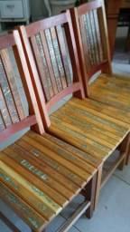 Cadeiras rústicas em madeira maciça (Valor por unidade)